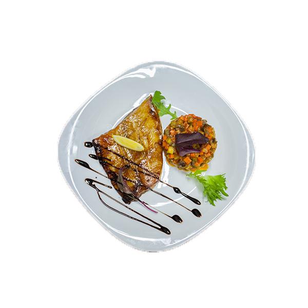 Палтус c соусом «терияки» и овощным соте